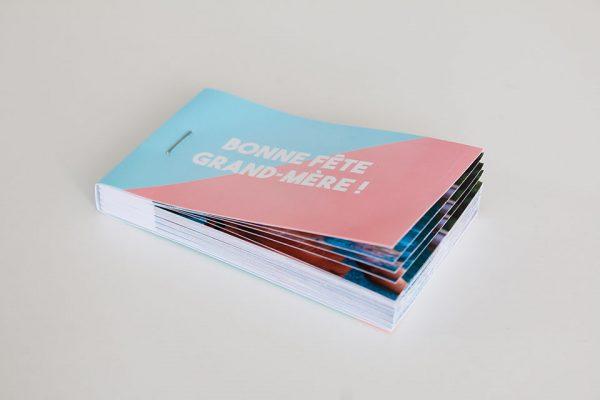 flipbook ouvert cadeau grands-mères rose et bleu
